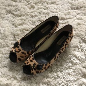 Steve Madden leopard print mini wedge pump